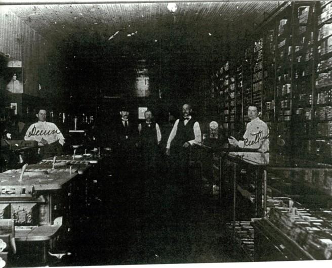 Dunn Hardware ca 1918