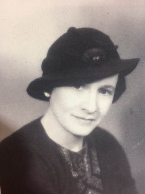 Dora Hirsh Scott